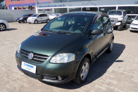 VW - VolksWagen Fox Plus 1.6Mi/ 1.6Mi Total Flex 8V 4p 2005 Flex