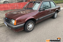 GM - Chevrolet Monza SL/e SR 2.0 1990 Gasolina