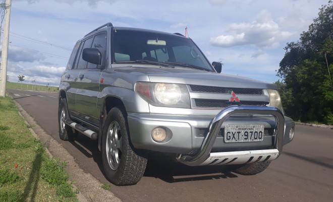 Mitsubishi Pajero iO Aut. 2000 Gasolina